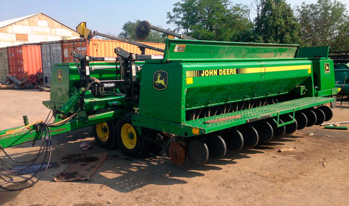 Сеялка John Deere 455